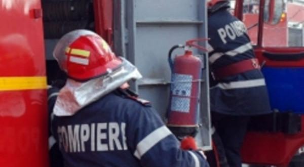 Craiova: Femeie moartă după ce apartamentul în care locuia a fost cuprins de flăcări